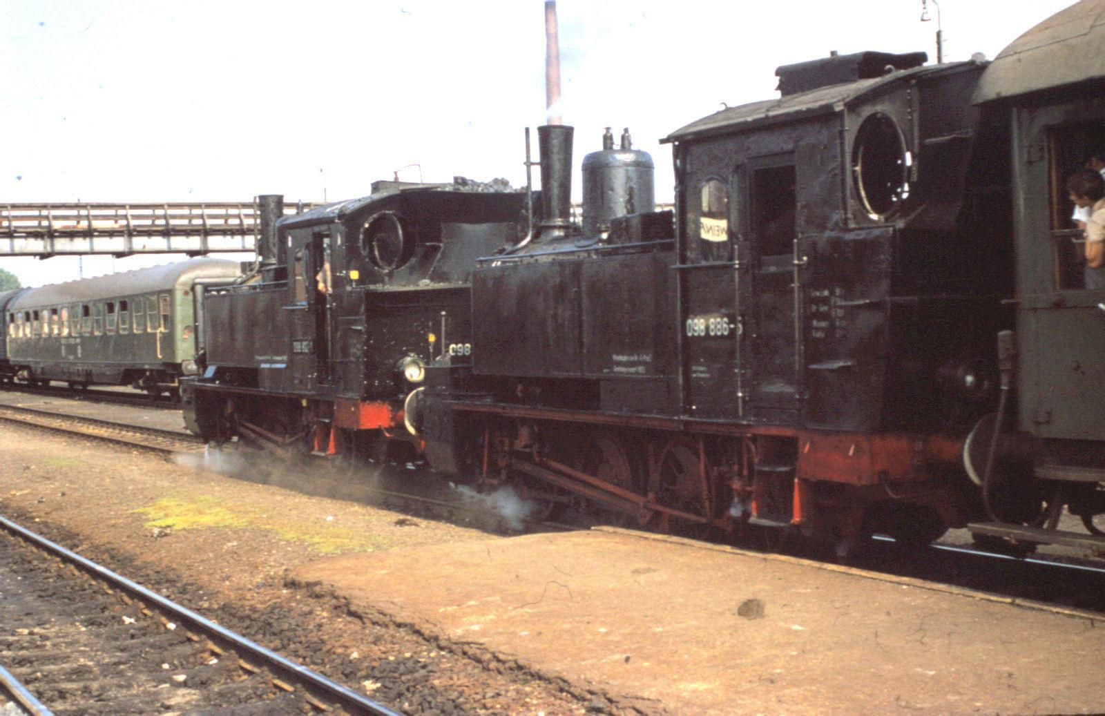 98 886 + 98 812 Schweinfurt 1969