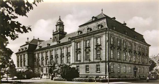 Justizgebäude um 1960