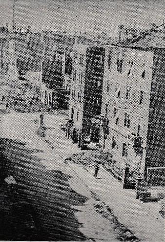 nach einem Bombenangriff 1944