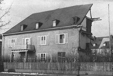 Gorch-Fock-Straße 15 - Rotkreuzhaus mit Kriegszerstörung