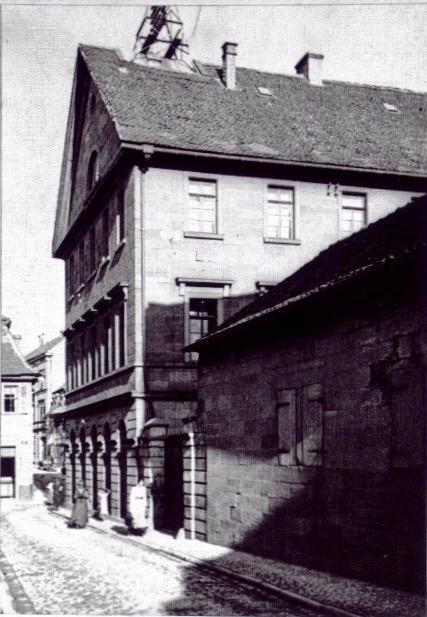 Zehntstraße - Städt. Ämtergebäude mit Blick nach Osten