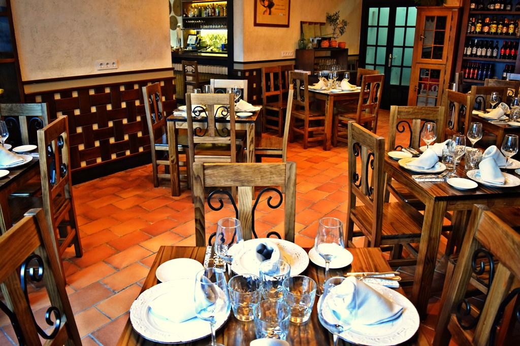 Resultado de imagen de decoracion restaurantes clasicos