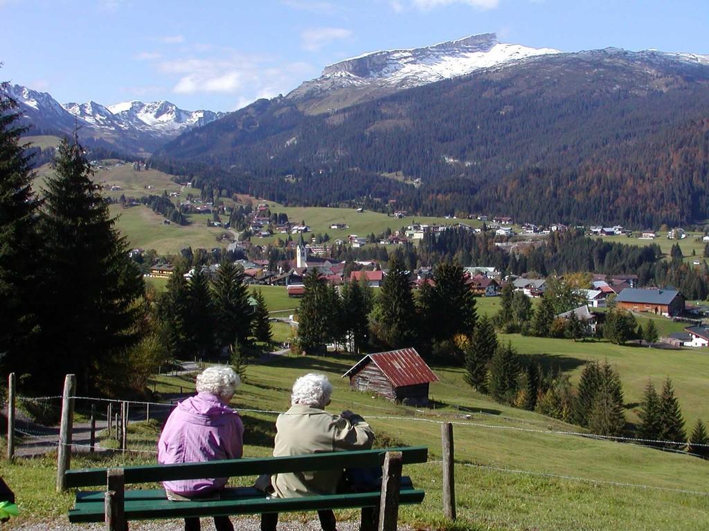 Rast - Wanderweg zur Oberwestegg