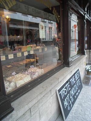 チョコレート専門店。ここのホットチョコが美味しかった!