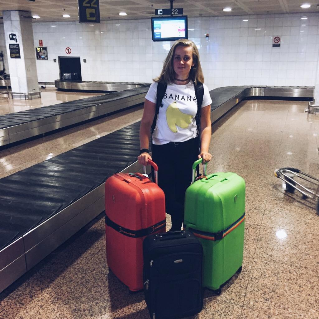 Bij aankomst op het vliegveld in Barcelona