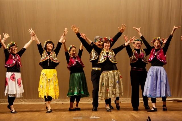 ハワイアン踊り