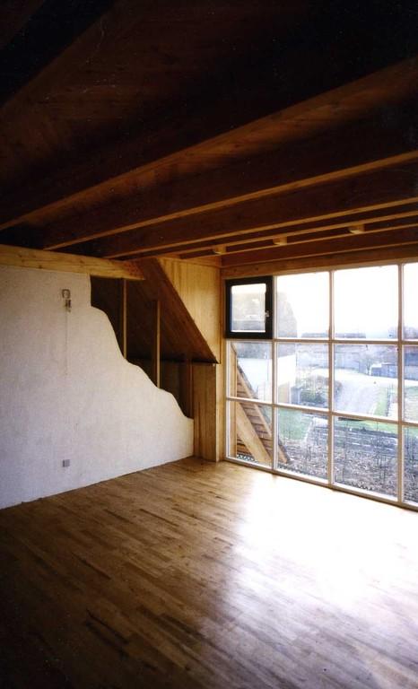 geweißelte mit Strohlehm gefertigte Innenwände