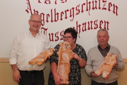 Von links: Helmut Unglert 2. Platz, Sabrina Knie 1. Platz, Martin Wiederseiner 3. Platz.