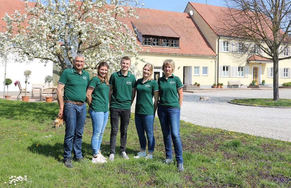 Familie Deisenhofer v. links: Anton, Katja, Thomas, Franziska und Monika