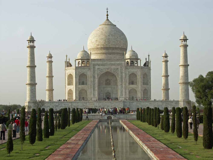 Taj Mahal in Agra im indischen Bundesstaat Uttar Pradesh