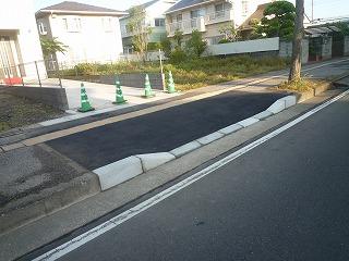 歩道の切り下げ工事