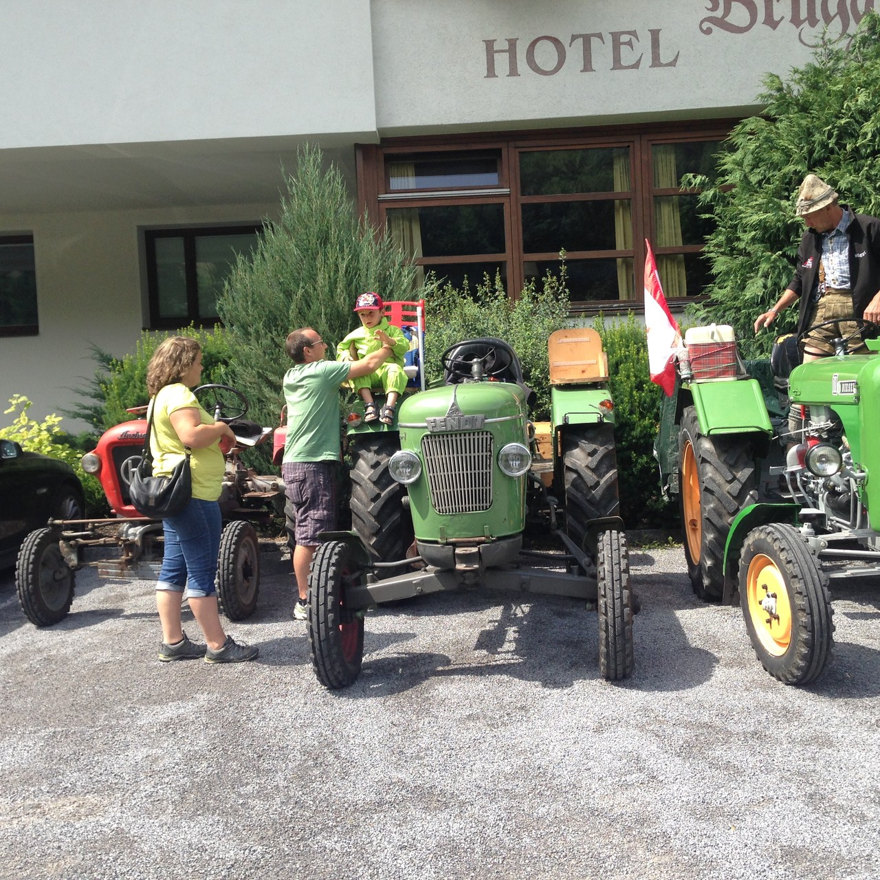 Mittagspause bei der Fahrt nach Pettneu