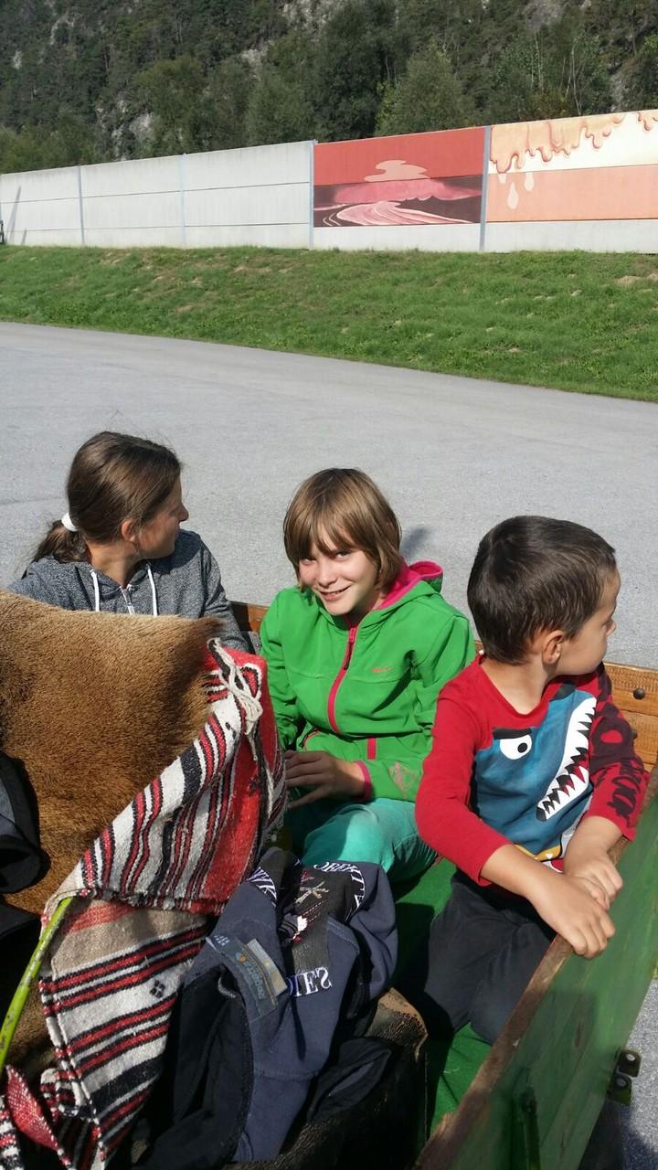 Mitfahrer Maria, Laura und Maximilian