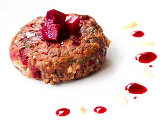 vegetarisk burger oppskrift rødbeter