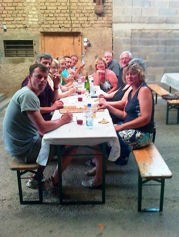 Gaulois et gauloises au banquet.
