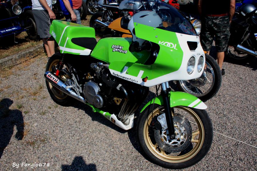 Pour les fans de moto : Kawasaki Godier - Genoud Replica
