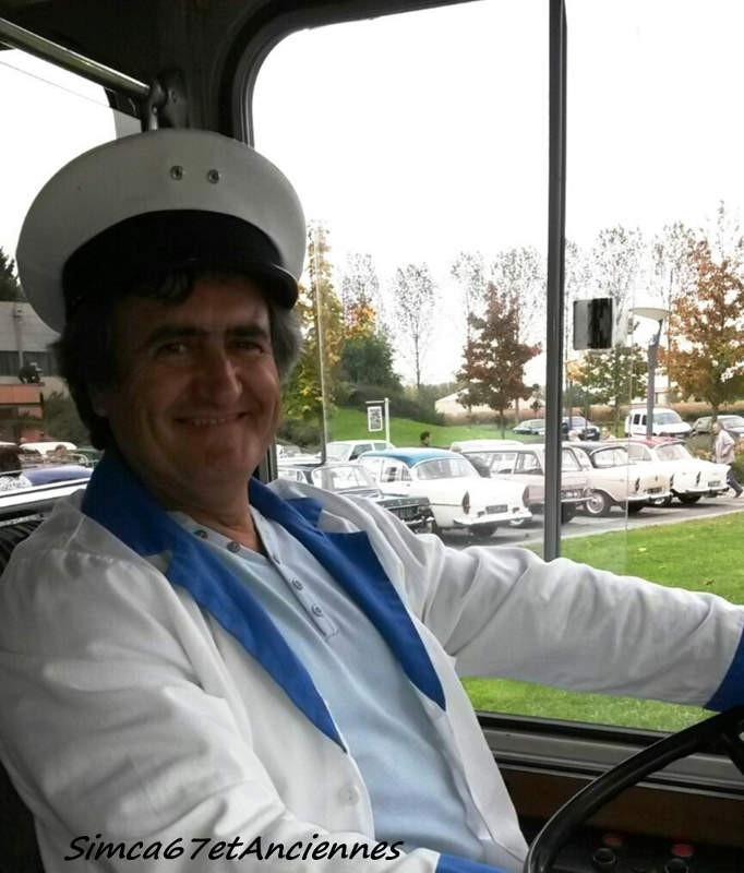 """Fernand au volant de l'autocar + quelques """"queues d'Arondes"""""""