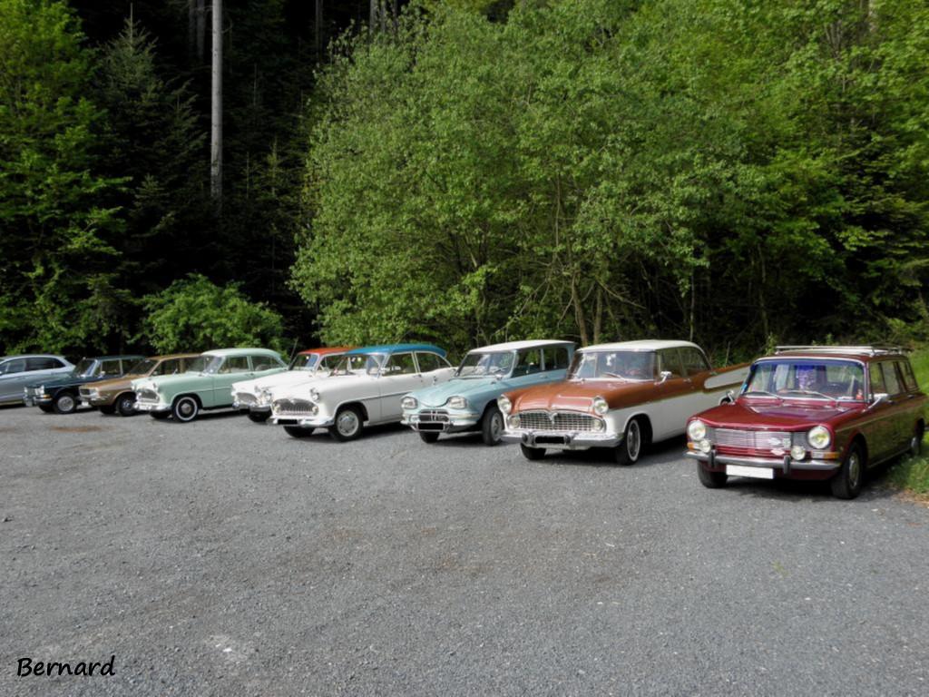 les voitures nous attendent pour le retour