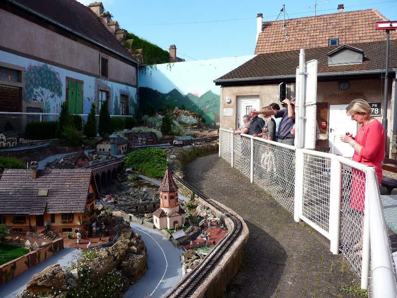 Arrêt devant le petit train de Molsheim