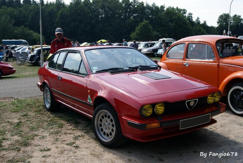 Alfa-Roméo GTV du club et son conducteur