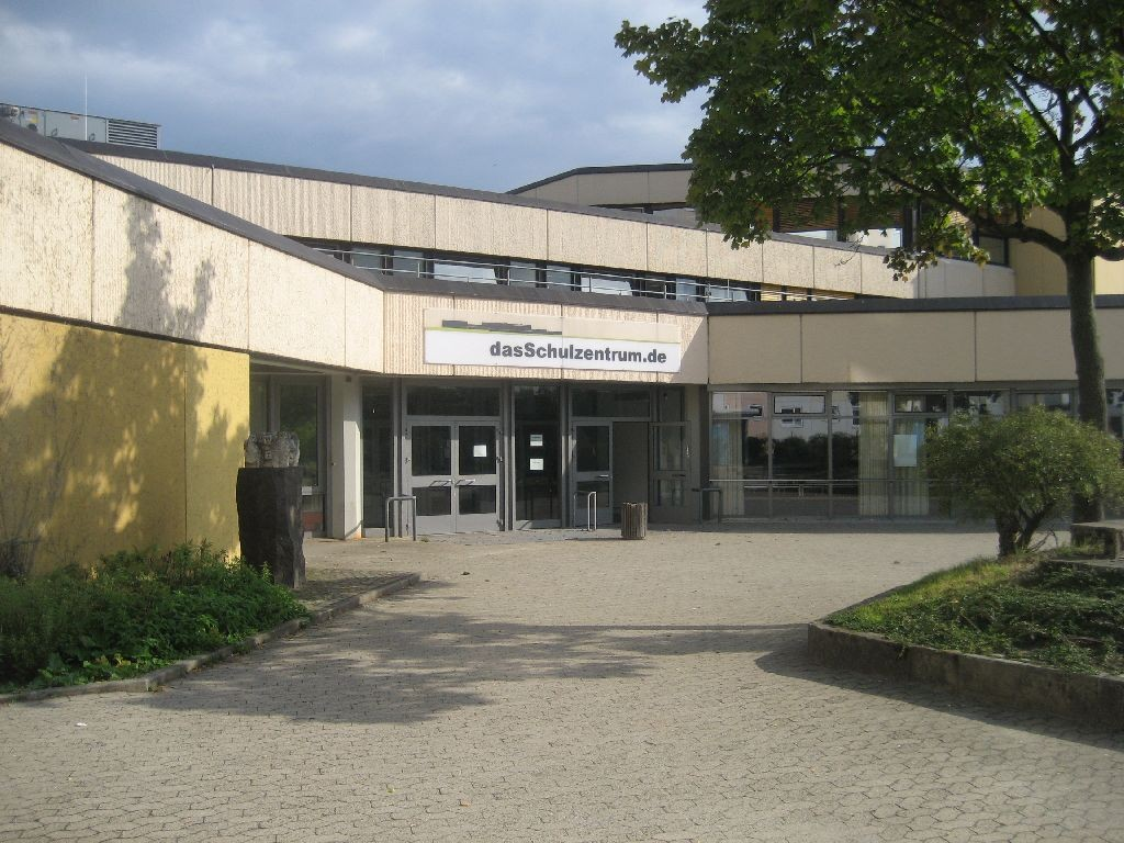 Das Albert-Schweitzer-Gymnasium im Schulzentrum Westhagen