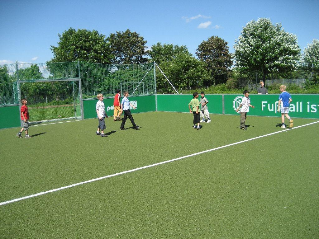 Die Kleinfeld-Fußballanlage der Regenbogenschule