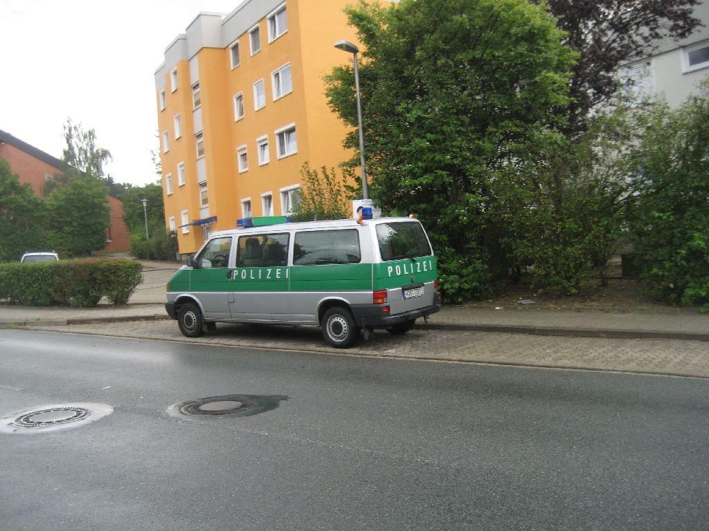 Mit diesem Polizei-Bulli besucht Rainer Stapel Schulen und Kindergärten