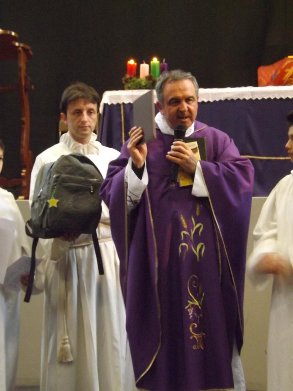 LA FOTO DEL 6.DICEMBRE 2015-PRESENTAZIONE DEL ZAINO DELLA PREGHIERA