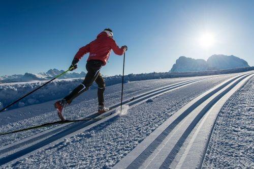 una giornata di neve e sole, in cui correre, a ritmo di danza, con amore, verso l'amore ...
