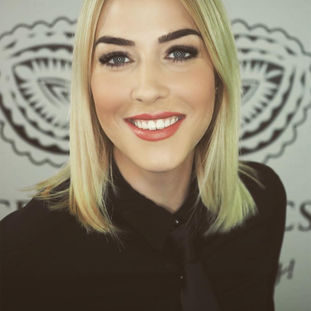 Nathalie, Inhaberin des Beauty Salons