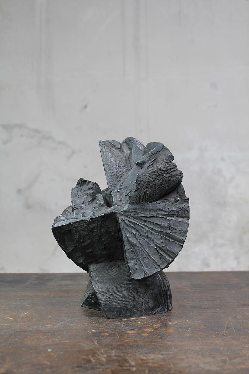 Pion, pièce de musique, 2016, bronze, 29 x 25 x 22 cm <br> © Mathilde de Torhout