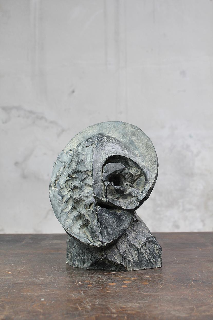 Pion, piécette, 2016, bronze, 29 x 24 x 23 cm <br> © Mathilde de Torhout