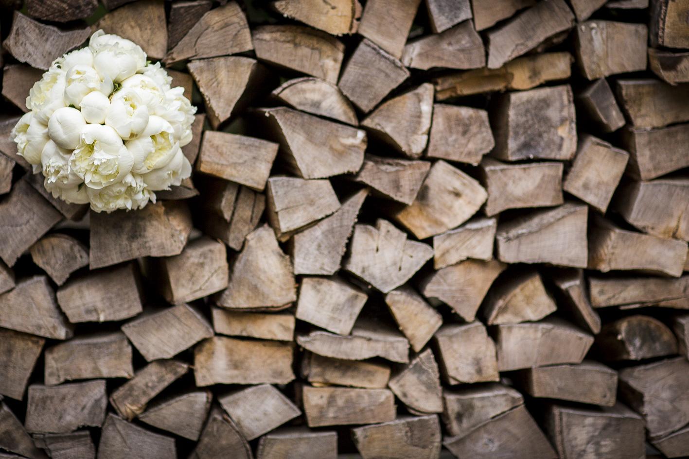 Holzstapel-Brautstrauß