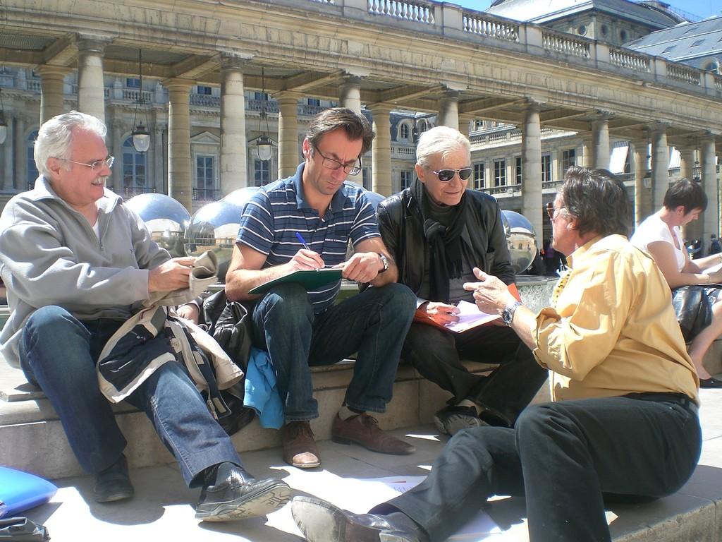L'après déjeuner - La théorie au jardin du Palais Royal