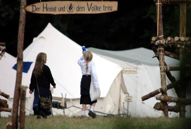 """""""Der Heimat und dem Volke treu"""" -  HDJ"""