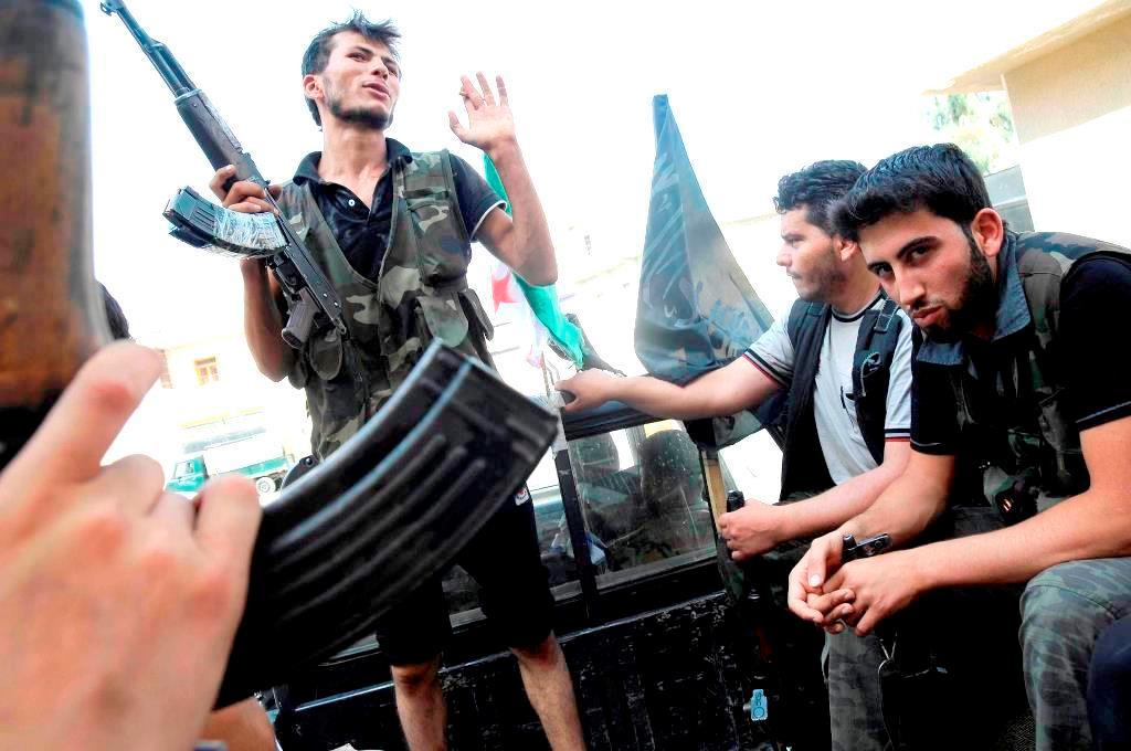 Medlemmer af  en ikke-sekterisk oprørsgruppe i Aleppo