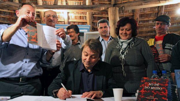 Cesare i eksil i Paris i forbindelse med en bogreception