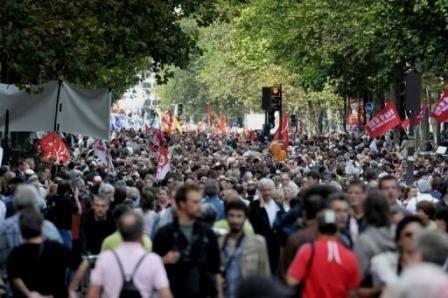 strejkedemo i Paris mod Sarkozy