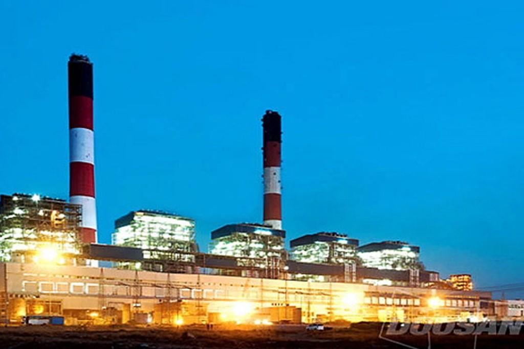 Indiens største energikoncern Tata Powers kulkraftværk i forbundsstaten Gujarat.