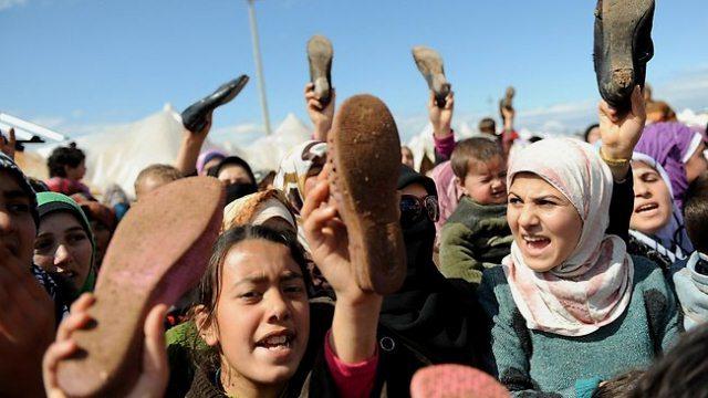Demo mod Bashar Assad i flygtningelejret i Tyrkiet