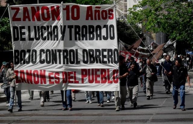 Zanon-arbejderne demonstrerer i Buenos Aires for arbejderkontrol (2011)