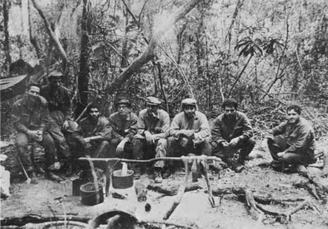 Guerillacamp i Bolivia  Che (3. fra højre side)