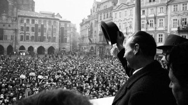 Alexander Dubcek holder tale i foråret 1968 i Prag