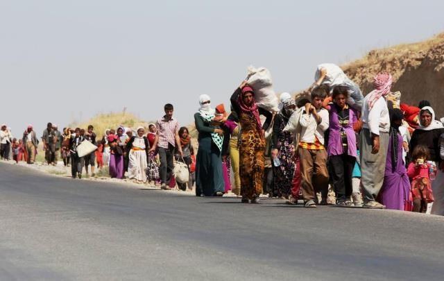Kurdiske yazider på flugt ved den irakisk syriske grænse