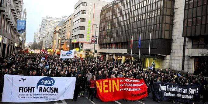 Demoen er kommet til byens politiske magtcentrum - Berlin-Mitte