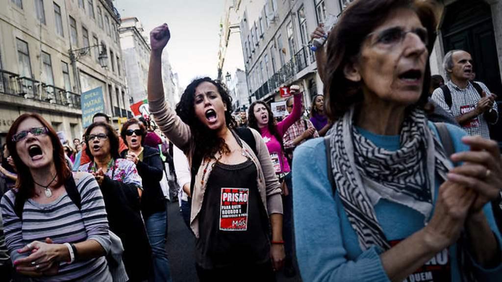 Demo i Lissabon mod korrupte politikere