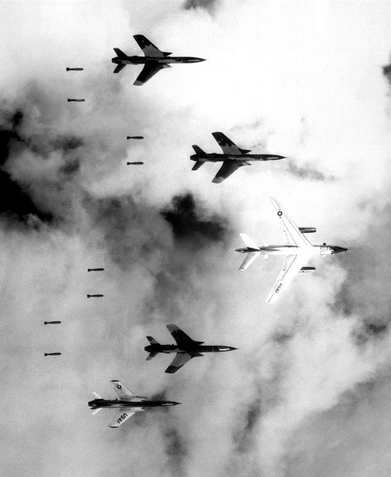 Amerikanske bombefly over Nordvietnam