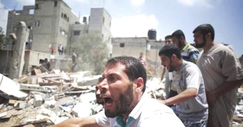 Bomber rammer hospital i Gaza, mindst fem personer er dræbt