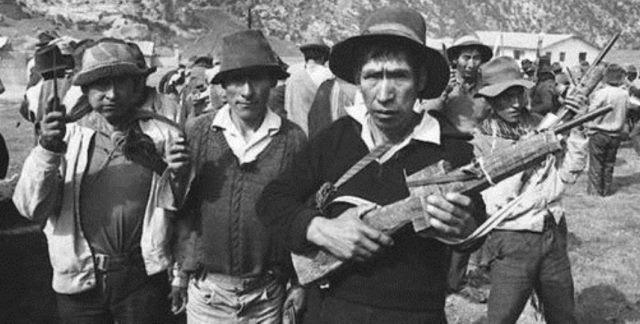 Statsligt finansierede campesino-selvforsvarskomitéer med ca. 250.000 medlemmer