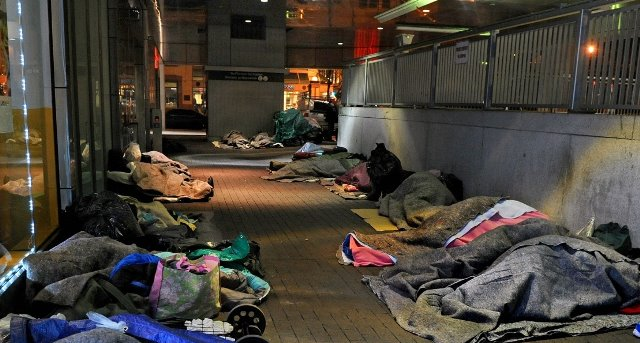 Washington DC. There Are Nearly 565,000 Homeless People in the U.S. (2017)